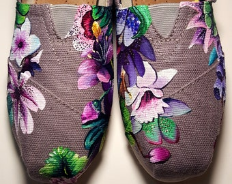 a2966a0aa7e3a Hand Painted Hawaiian Floral Shoes   Etsy