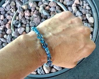 London blue topaz quartz coin and blue silverite rondelle beaded bracelet