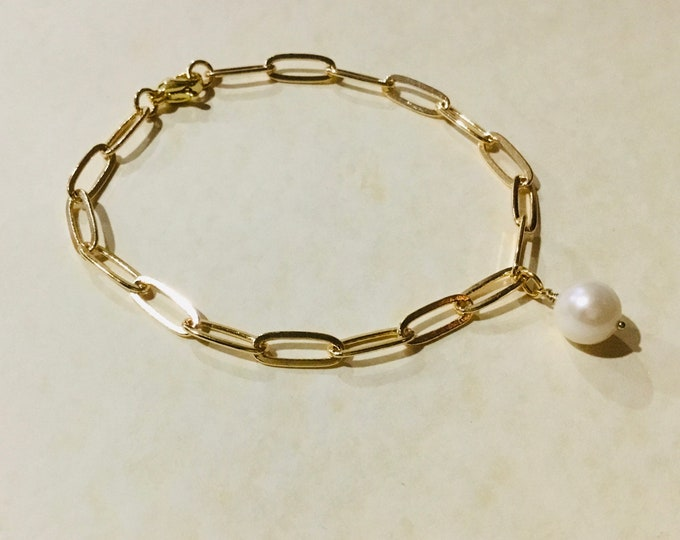 14k gold fill paperclip chain bracelet 11.8 x 4.7mm with freshwater pearl charm, simple, elongated