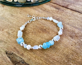 High grade freeform aquamarine rondelle beads, 925 sterling mix, Karen Hill tribe, moonstone, pearls, clasp bracelet
