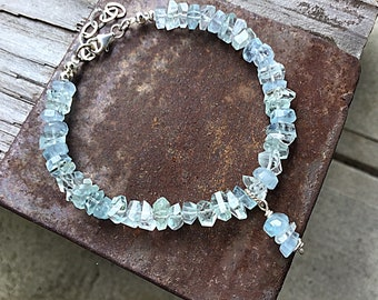 Aquamarine chips beaded bracelet, 14k gold fill beads