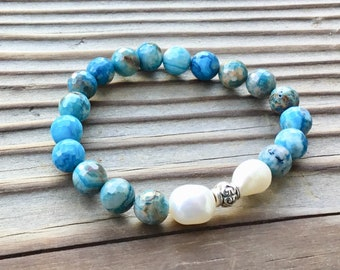 Crazy blue lace agate and freshwater pearl beaded bracelet
