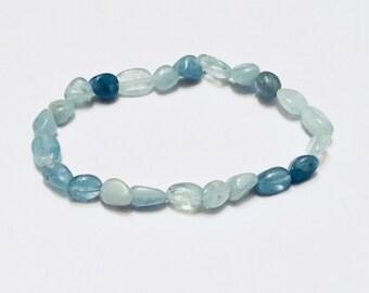 Blue spectrum Aquamarine nugget beaded bracelet