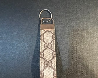 5ea2a072735 Gucci custom made keychain