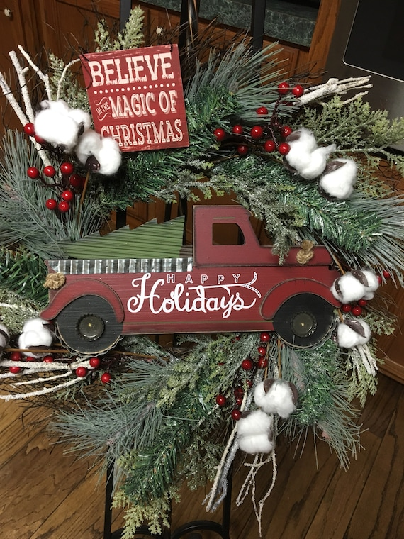 Old Fashioned Christmas Holiday Wreath Etsy
