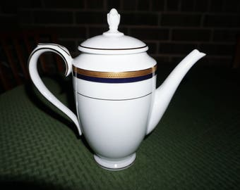 Spencer Royal Vienna Blue 9672, Coffee Pot/ Made in England.