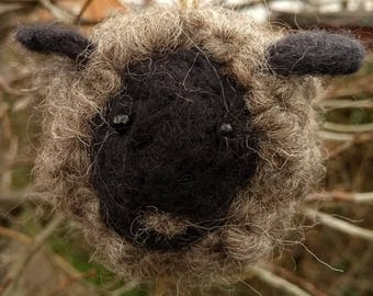 Needle felted sheep - ornament/decoration, animal soft sculpture, collectable