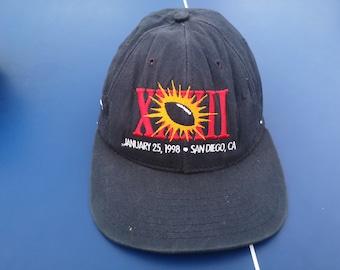 d46b8566c90 Vintage XXXII Reebox 90s Hats