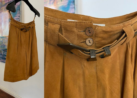 1970s BeeCee Suede culottes Size 10