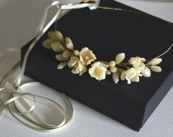 Delen Bridal Crown