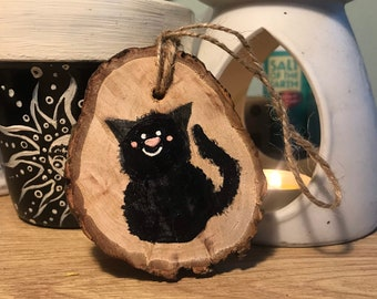 Natural Sustainably-Sourced Wood Log Slice | Hand-Painted Halloween Design | Pumpkin | Ghost | Black Cat | Bat | Fiver Friday
