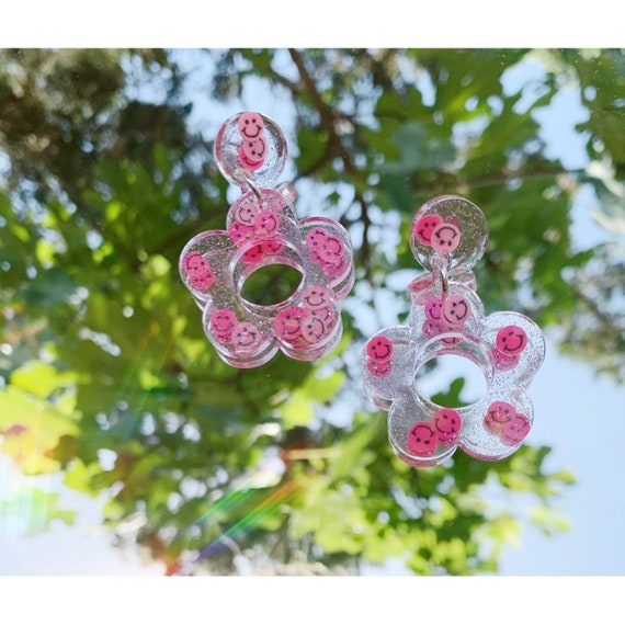 Hyo Jin Earrings | Pink Smiley Faces