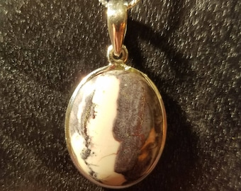White and gray stone pendant