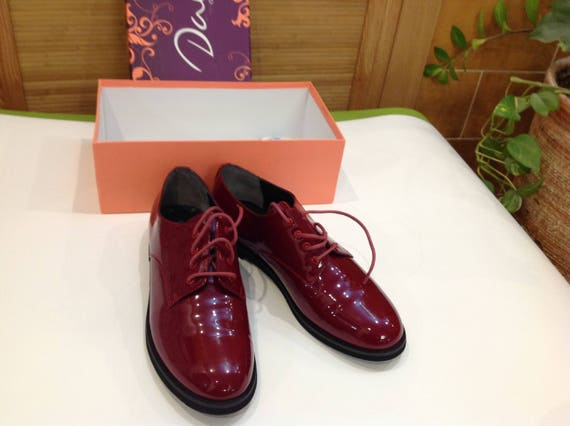 Womens Shoes/Red Shoes/Oxfords Shoes