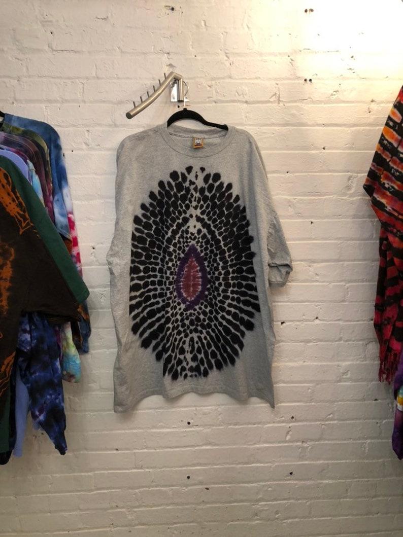 6bec7633955 3X Tie Dye Eye of Soren LOTR Gray T-shirt Shirt | Etsy