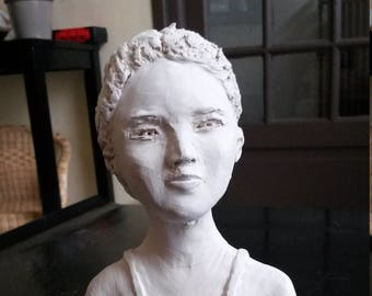 The girl (small bust)