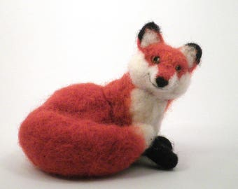 Needle Felted Fox/Felted Animal/Needle felted forest animal/Soft Sculpture/Gift/Wool/OOAK/Natural Fiber/Collectible