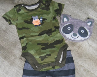 Racoon G-Tube Bodysuit with Pants and Bib Size 9-12 Months