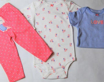 """Owl """"Love"""" G Tube Bodysuits x2 with Pants Sizes 9 Months"""