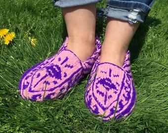 Wool slippers Funny socks women Hand knitted socks House shoes Knitted slippers Slipper socks House slippers woman Handmade socks Purple