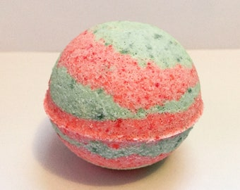 Strawberry Kiwi Bath Bomb