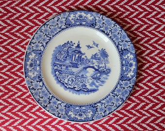 Olde Alton Ware 'Willow' Blue and White Plate