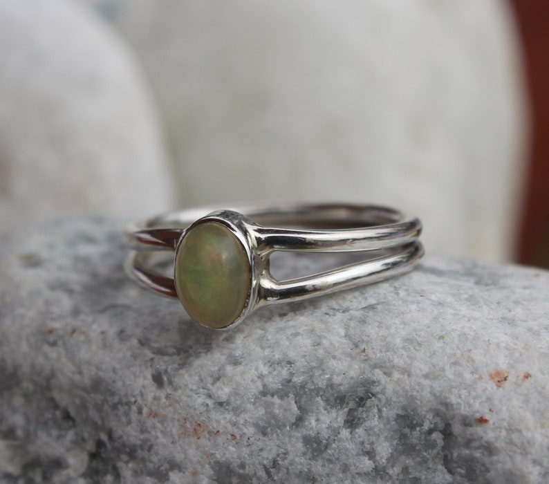 100/% NATURAL ETHIOPIAN WELO FIRE OPAL 925 STERLING SILVER RING JEWELRY US 3-13