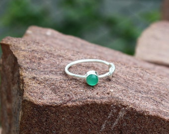 Natural Green Chrysoprase Ring - Chrysoprase Gemstone Jewelry - Handmade Sterling Silver Ring - May Birthstone Ring - Gift For Her