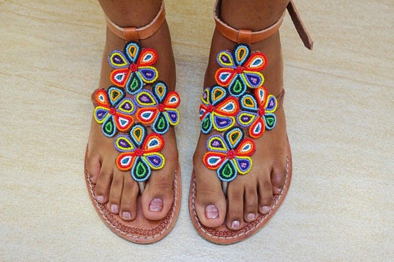 6d7917113a43 Women s Beaded flat summer flip flops Beaded sandals for