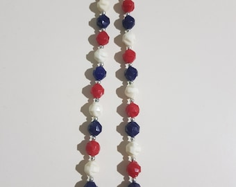 Vintage/Retro Red, White and Blue Plastic Beaded Necklace