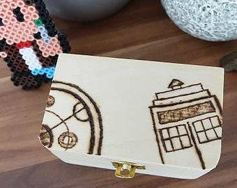 Doctor Who treasure Chest; Tardis