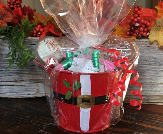 Santa Claus Chocolate Gift Basket - Christmas Gift - Chocolate Gifts