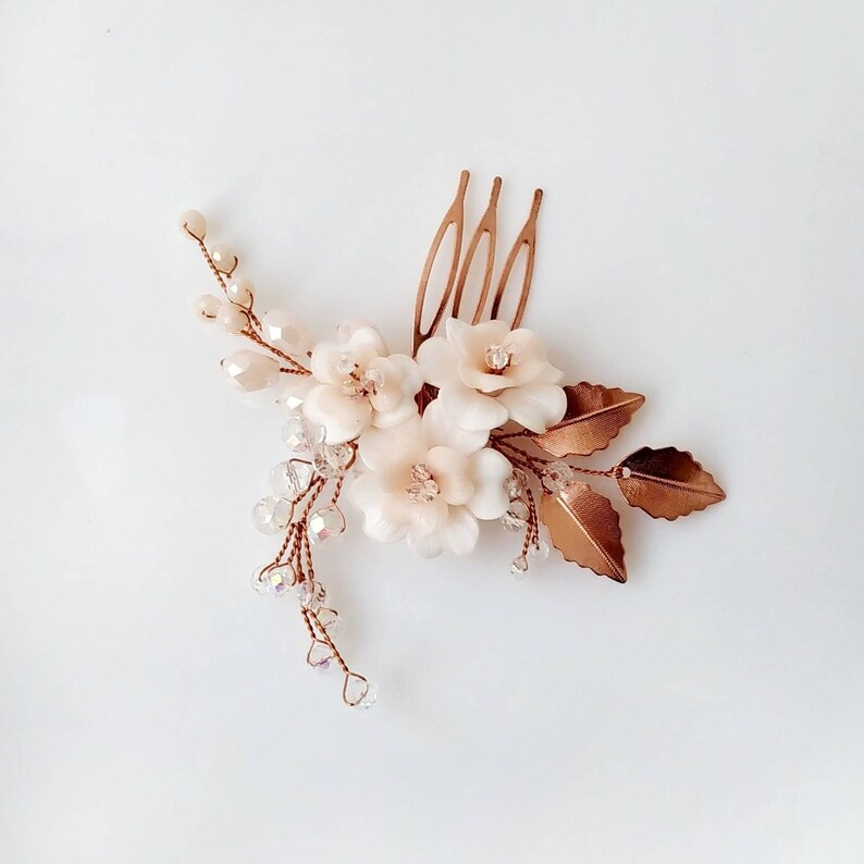 Rose gold bridal hair piece Rose gold hair comb with blush flowers for brides.