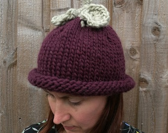 Handmade Berry Hat - 100% Merino Wool
