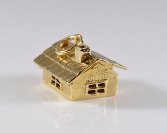14K Gold House Pendant