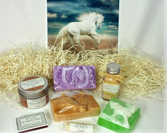 Spa Gift Set, Horse Lover Soap, Birthday Present, Woman, Her, Girl, Teen, Girlfriend, Mother, Mom, Equestrian, Jewelry, Box, Pony Necklace