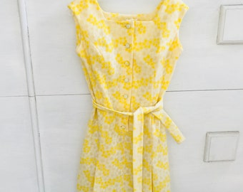 Vintage 1960s Yellow Sundress Circa 1968, Made in USA, Vintage Summer Flower Dress