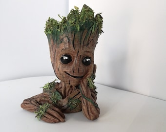 Baby Groot Planter | Flower Pot | guardians of galaxy Fan Art | Succulents | Planter | mini planter | flower pot | desk planter | Gift