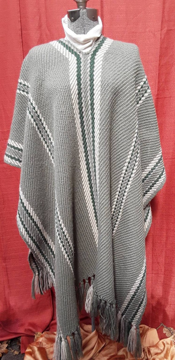4639 M to L Kimono|Jacket|2 Pocket|Boho|Bohemian|Tribal|Design|60 Style|Hippie|Handmade|Himalayan|Hand Loomed|Yak Wool Blended ShawlSize