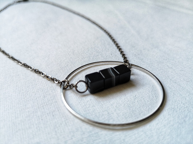 Black black ringed white agate graphic necklace and cubic agate beads