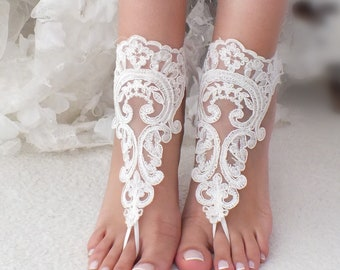 350100176a008 Ivory lace barefoot sandals