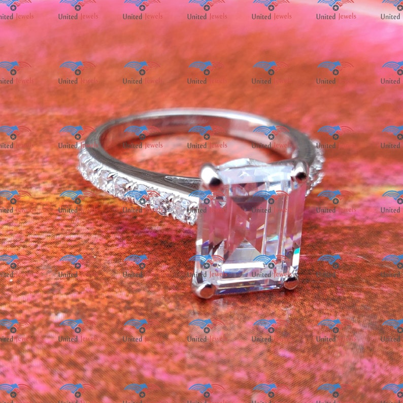 Engagement Ring Diamond Engagement Ring For Women 2.50 Carat Emerald Bridal Wedding Ring With Round Side Simulated Diamond