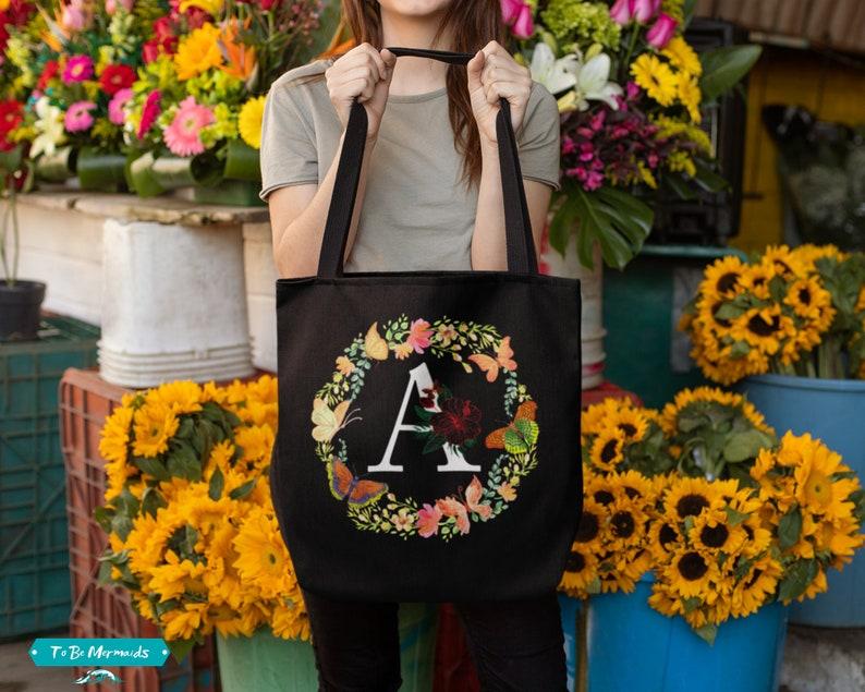 Custom Flower Letter Bridesmaid Tote Bag Floral Bridal Party Totes Personalized Bag Floral Monogram Tote Bag 3 sizes Initial Tote Bag