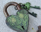 Vintage Brass Padlock - Heart flowers shape Antique working lock - Gothic, Vampire Goth Spooky Wedding Gifts, Unusual lock and key