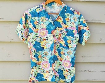 2bd8f3cbe84ed7 90s Rainbow Vintage Shirt Size Medium - Multicolor Tropical Hawaiian Shirt  - 90s Floral Blouse Safari Shirt - Summer Clothing Unisex Shirt