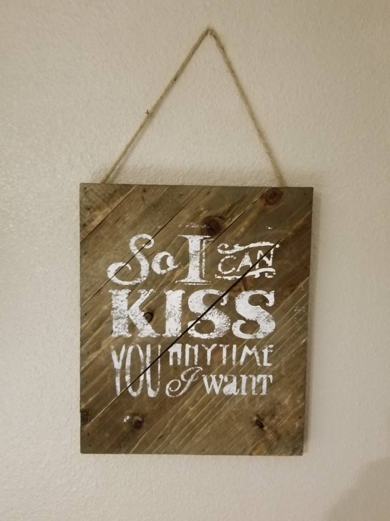 Rustic painted wall hanging image 0