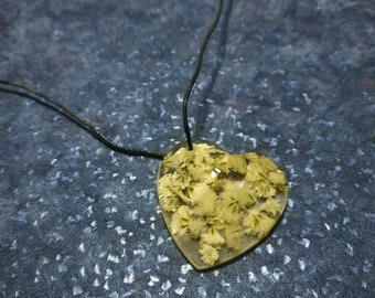 white flowers heart pendant with epoxy resin