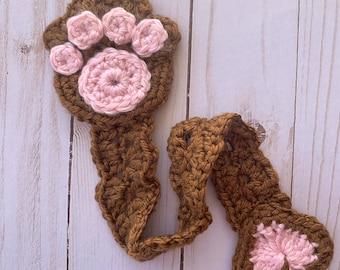 Crochet Pattern, Bookmark, Paw Print Bookmark, Crochet Bookmark