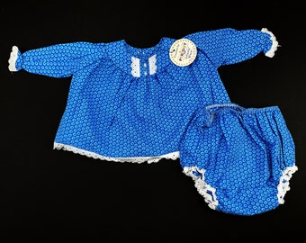 Vintage 1960s Blue Knitted Bloomers Shorts French Made 12-18 Months