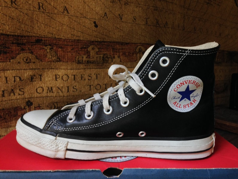 eb681315684 Vintage Converse All Star Hi Top 90s Black Glove Leather   Etsy